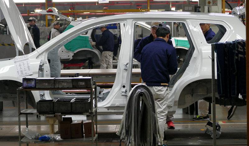 Materiales plásticos, una de las claves para conseguir coches menos contaminantes
