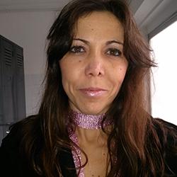 María Flores