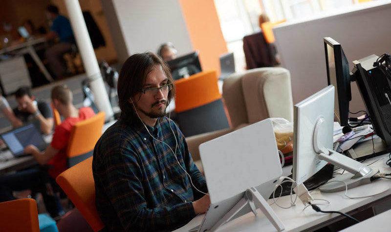 La importancia del desarrollo de software industrial