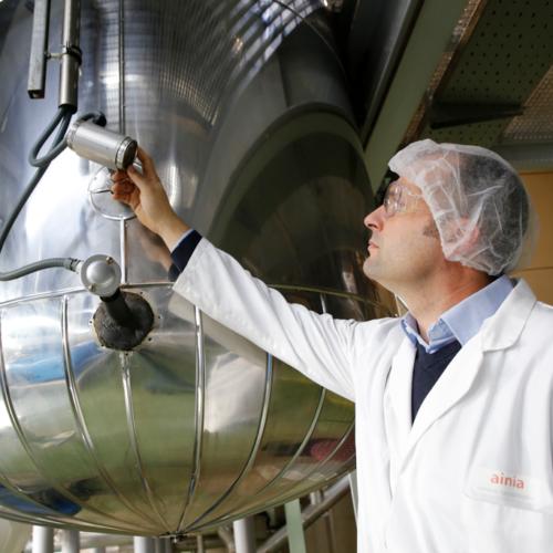 Innovadoras tecnologías químicas para un tejido industrial más eficiente y sostenible