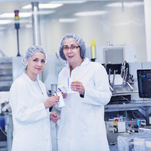 Apostar por las nuevas tecnologías, clave para la industria química