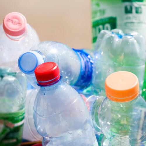 Reciclar plásticos sin tener que separarlos antes: el futuro